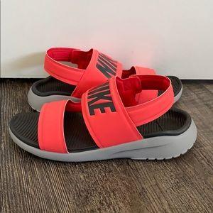 Brand NEW! Nike Sandals